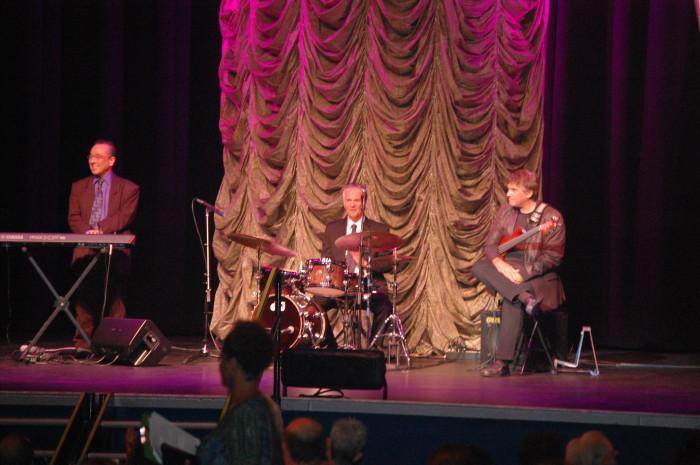 Ron Kobayashi Trio at Awards 44